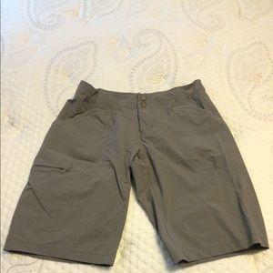 Mountain hardware size 4 gray shorts.